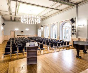 Medienausstattung in der Aula des Lessing-Gymnasium Döbeln