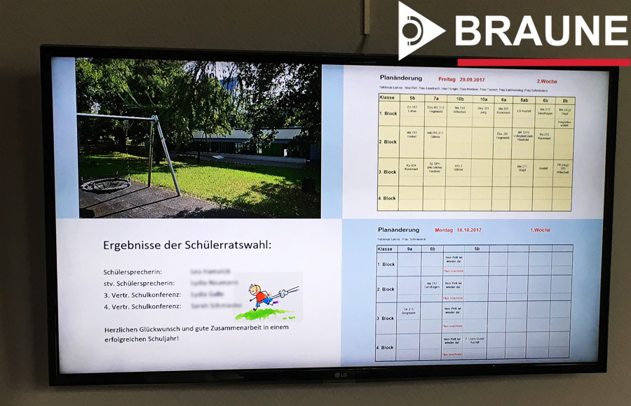 Digitales Infodisplay in der Schule